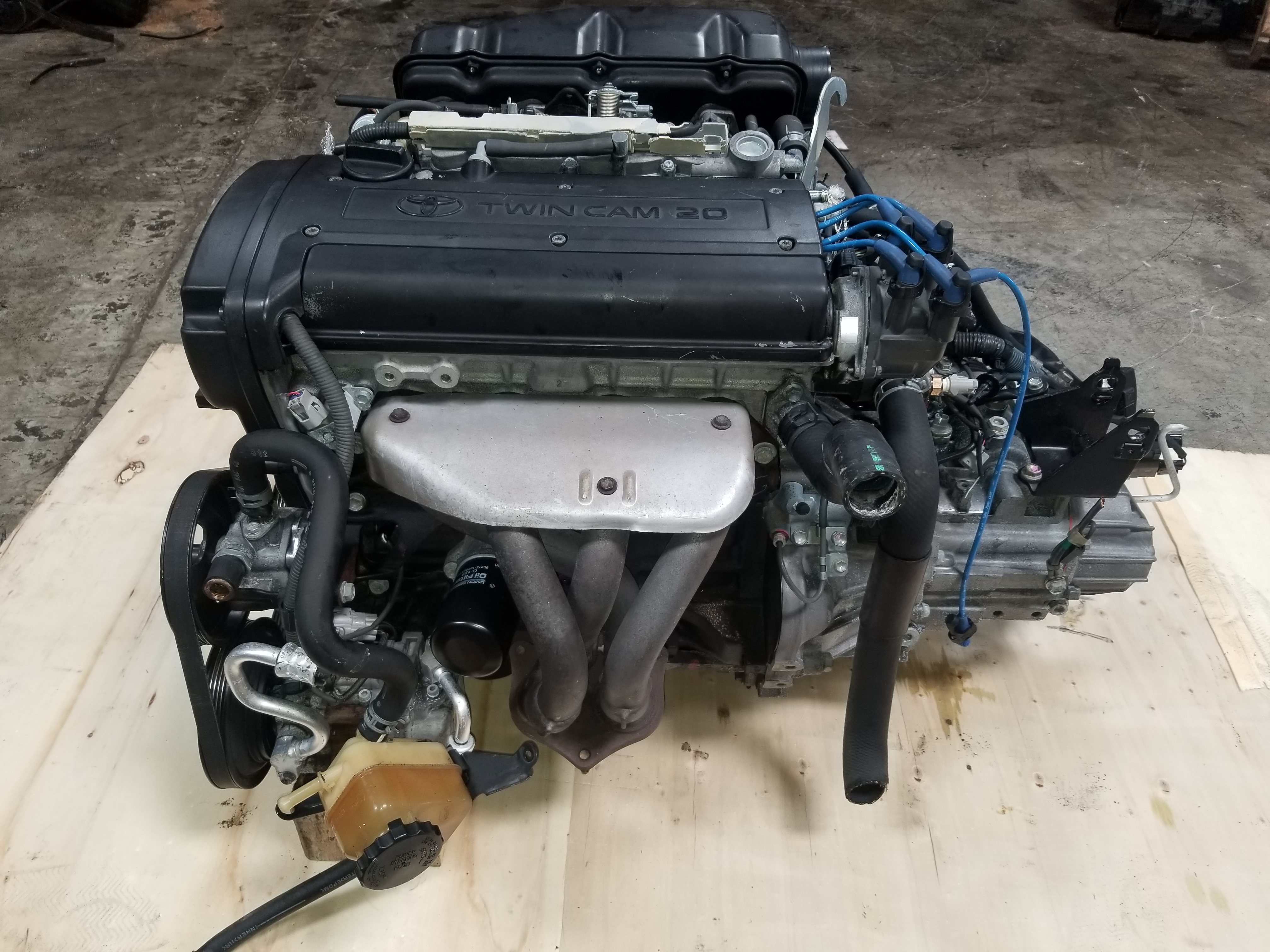 4AGE 20V Blacktop Engine with 6 Speed Manual Transmission Toyota Corolla  Trueno Levin AE111